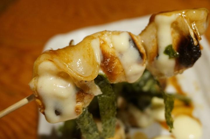 Torikizoku 鳥貴族 - Sticky Rice Cake MOCHI with Cheese and Nori もちもちチーズ焼